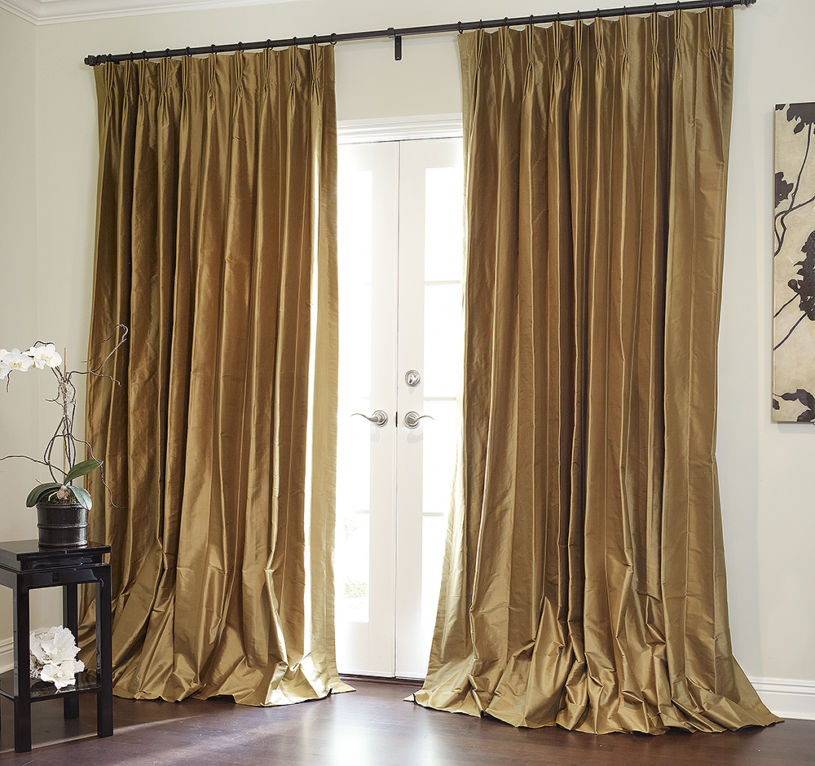 gold-curtains-1-10