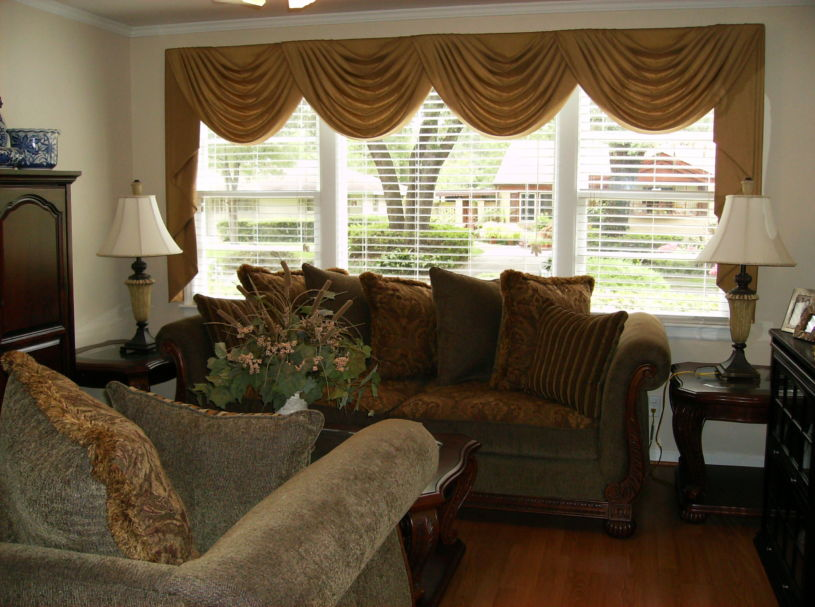 gold-curtains-1-2