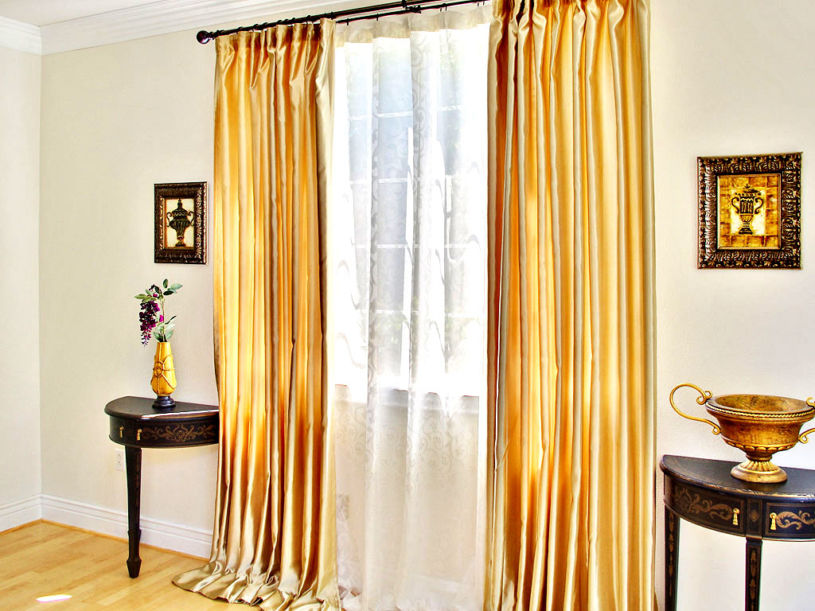 gold-curtains-1-21